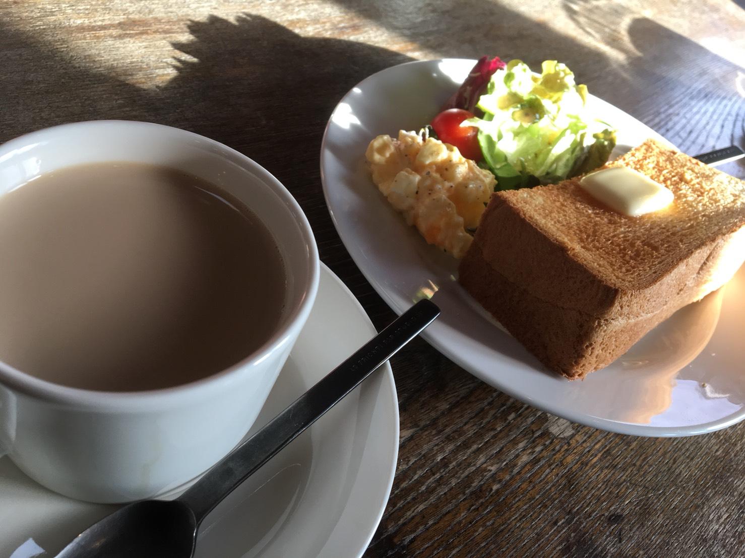 【薪ストーブのあるカフェ】岐阜市北東部 カフェとカバン
