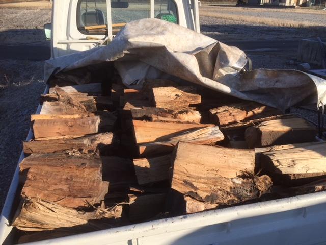 薪の納品の準備