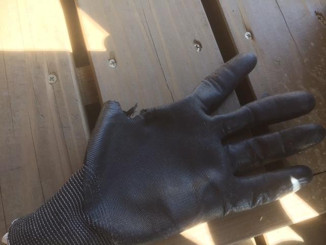 【事故注意】薪割り機での指のプレスに気をつけて