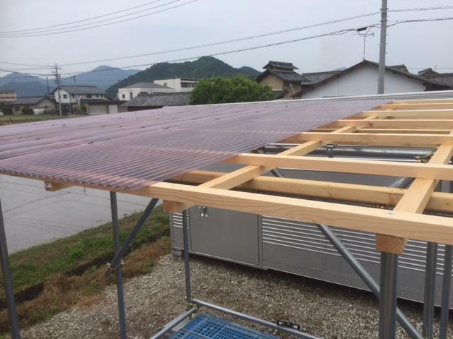 ポリカ屋根の施工