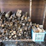 お世話になった薪ストーブユーザーに家庭用薪を差し上げる