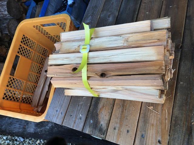針葉樹束を作る