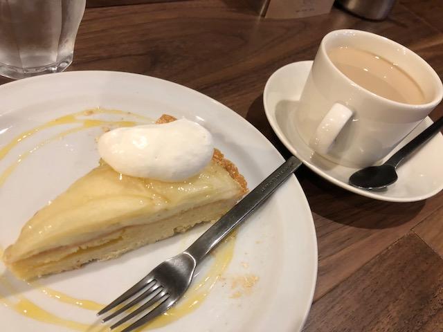 喫茶「カフェとカバン」へ行く