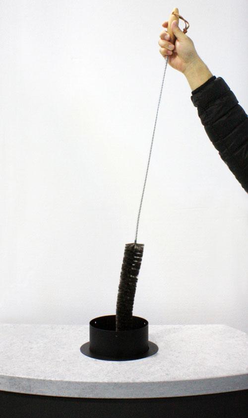 ファイヤーサイドから「ロングキャットテイルブラシ」が発売。