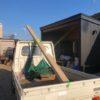 薪棚の屋根施工頑張ってます。