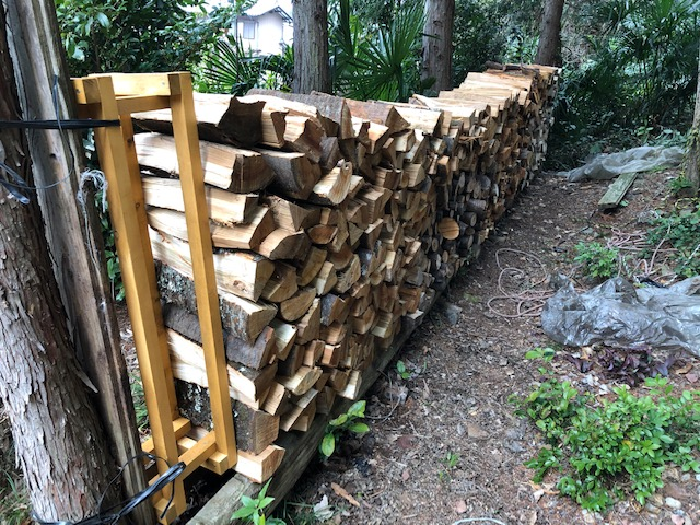 山棚の林間薪棚の改善→施工完了→完成