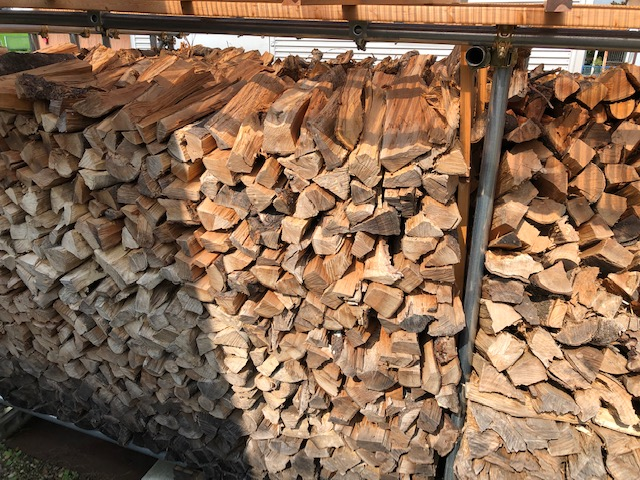 薪の積み方