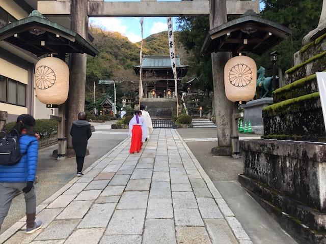 伊奈波神社の大祓神事に参加した。