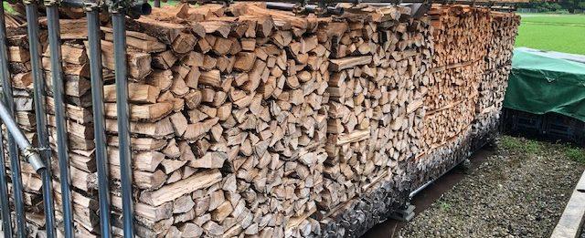 【梅雨時の薪】薪の濡れ方とか